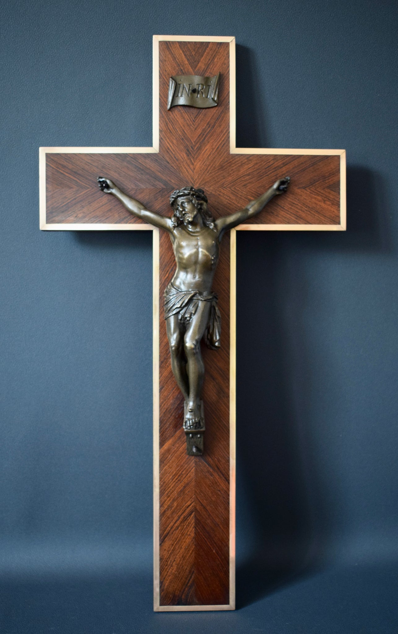 Bronze and Wood Wall Cross - Charmantiques