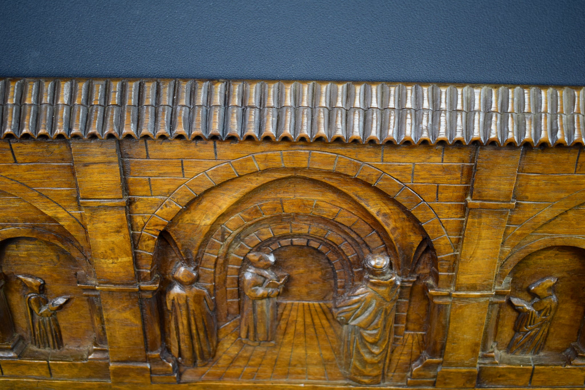 Large Religious Wood Panel - Charmantiques