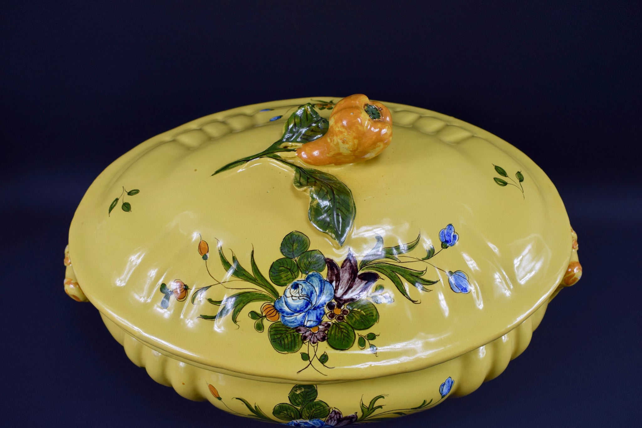 Montpellier Tureen - Charmantiques