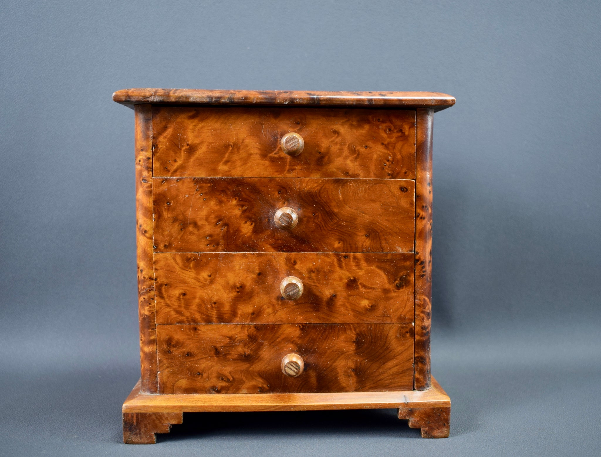Doll Chest of Drawers - Charmantiques