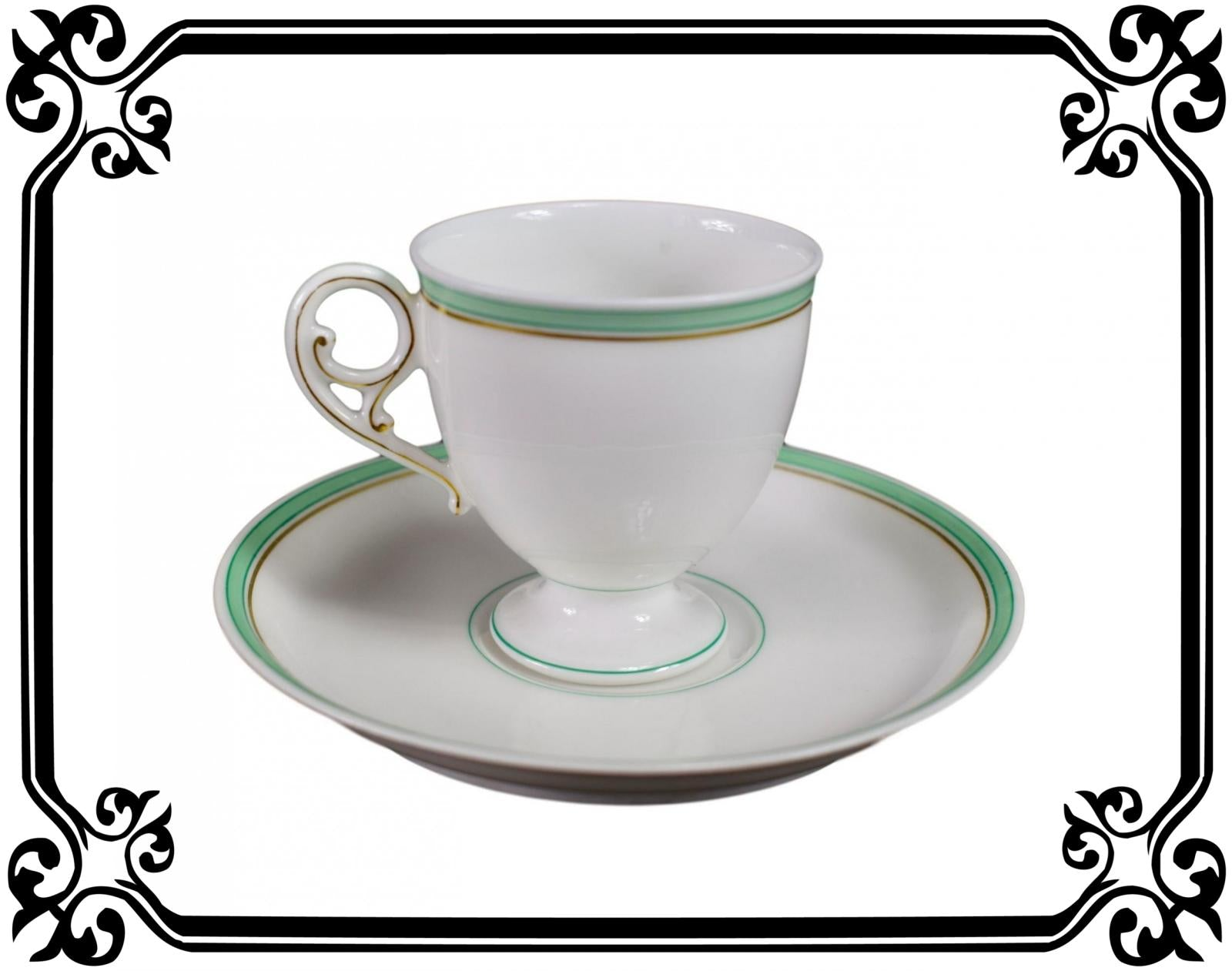 French Porcelain Cup and Saucer of Paris 19th - Saint Honoré Paris N°1