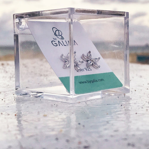 Clear Gift Box - by Galia