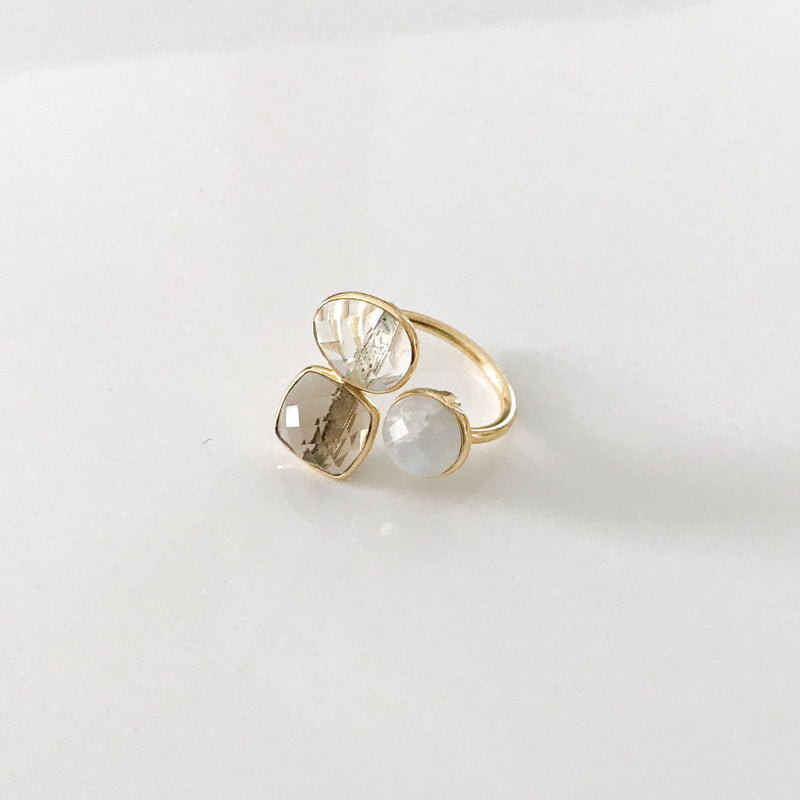 Trio Quartz Ring - by Galia