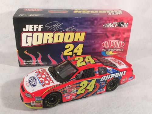 Action 1/24 Diecast #24 Jeff Gordon Dupont 200 Years 2002 Monte Carlo