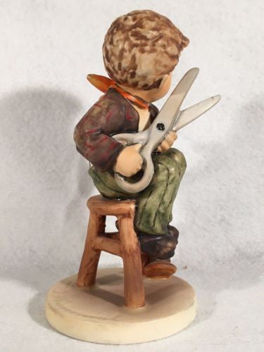 "1972 Goebel Hummel Figurine TMK5 #308 ""Little Tailor"" 5.75"" Tall   - TvMovieCards.com"