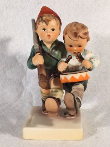 "Goebel Hummel Figurine TMK5 #50 2/0 ""Volunteers"" 4.75"""
