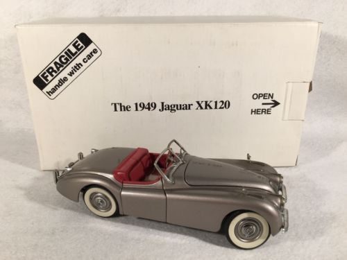 DANBURY MINT 1:24 Diecast Car 1949 Jaguar XK-120 Roadster   - TvMovieCards.com