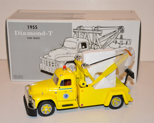 "1st First Gear 1955 Diamond-T Tow Truck ""NY State Thruway "" Stock No. 19-1903   - TvMovieCards.com"