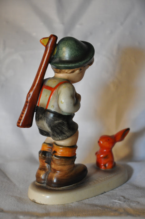 "Goebel Hummel Figurine # 6/0 ""Sensitive Hunter"" TMK3 5""   - TvMovieCards.com"