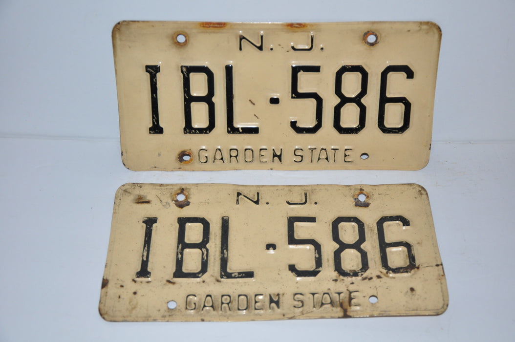 Vintage New Jersey License Plate # IBL-586 Passenger Car Man Cave Chevy Ford YOM   - TvMovieCards.com