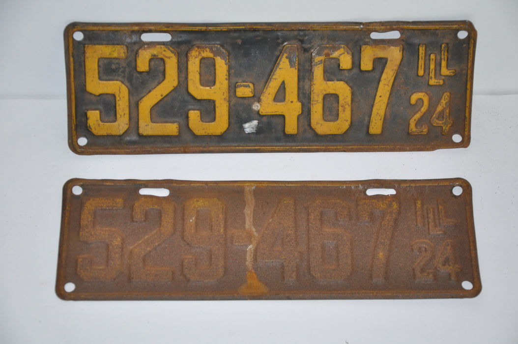 1924 Illinois License Plate Pair #529-467 Passenger Car Original Tag YOM Rat Rod   - TvMovieCards.com