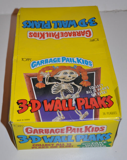 1986 Garbage Pail Kids 3-D Wall Plaks Empty Bubble Gum Vintage Trading Card Box   - TvMovieCards.com