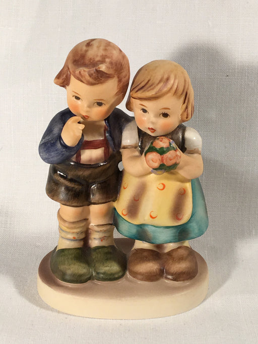"Goebel Hummel Figurine TMK5 #220 ""We Congratulate"" 4"" Tall   - TvMovieCards.com"