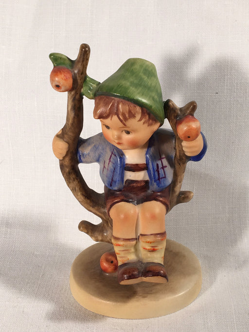 "Goebel Hummel Figurine TMK3 #142 3/0 ""Apple Tree Boy"" 4"" Tall   - TvMovieCards.com"