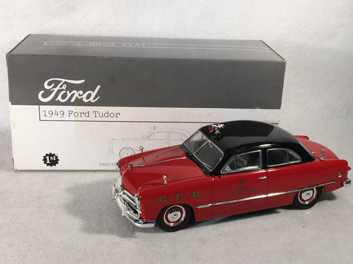 First Gear 1/25 1949 Ford Tudor Chicago Fire Dept Chief Car 19-2676   - TvMovieCards.com