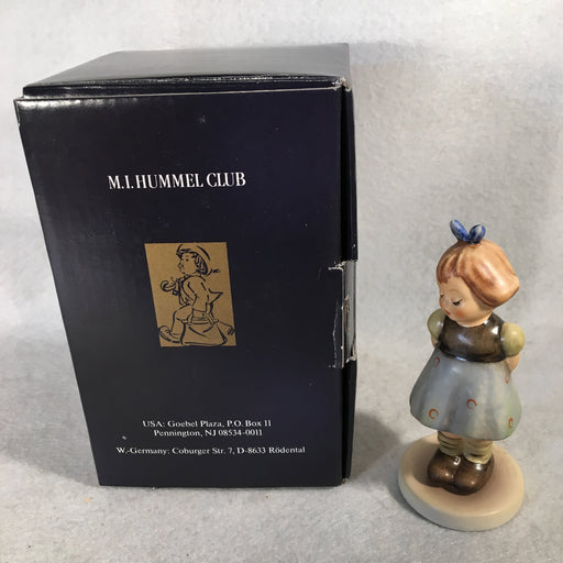 "Goebel Hummel Figurine #493 ""Two Hands One Treat"" TMK7 4""   - TvMovieCards.com"