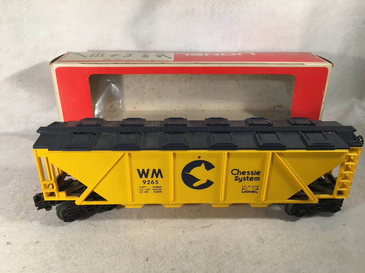 Lionel O Scale 6-9265 CHESSIE SYSTEM 4 BAY COVERED HOPPER CAR