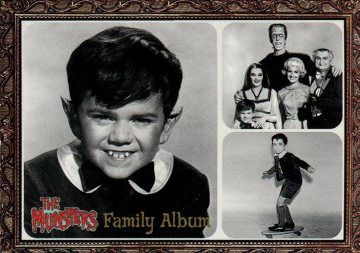 Munsters (2005) Family Album Cast Chase Card F4   - TvMovieCards.com