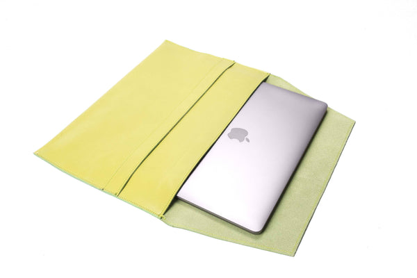 The Camden Lock - Apple iPad mini Sleeve in Lime