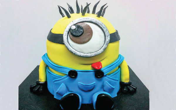 "PARENT-CHILD : CAKE DECORATION ""THE MINION"""