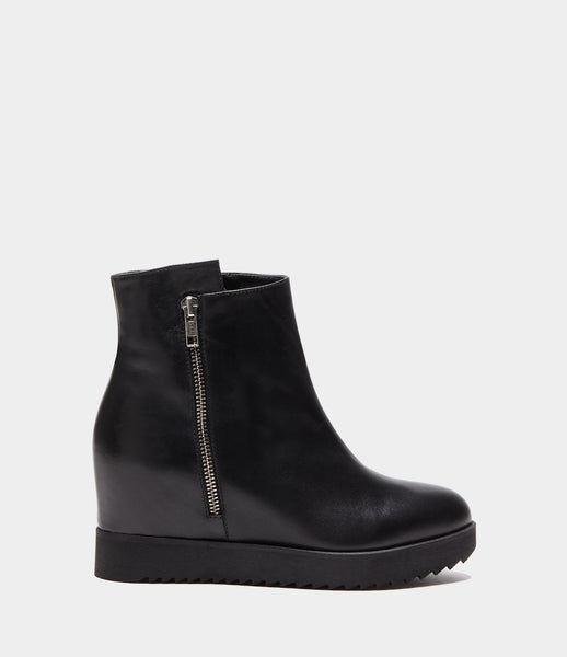 Wedge Heel Boots  Beatrice Black