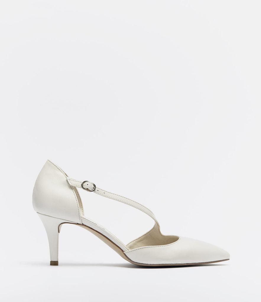Straps Pumps Jessica White