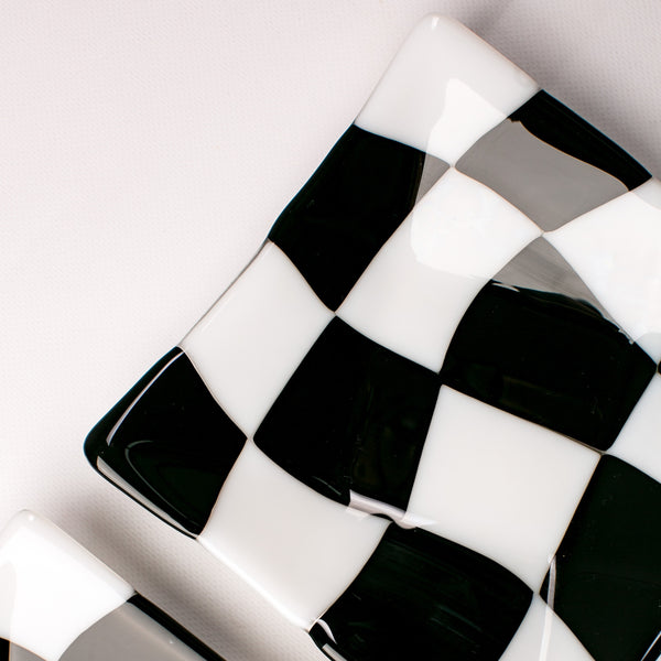 Black and White Wavy Checkered Serving Bowls (Set of Two)