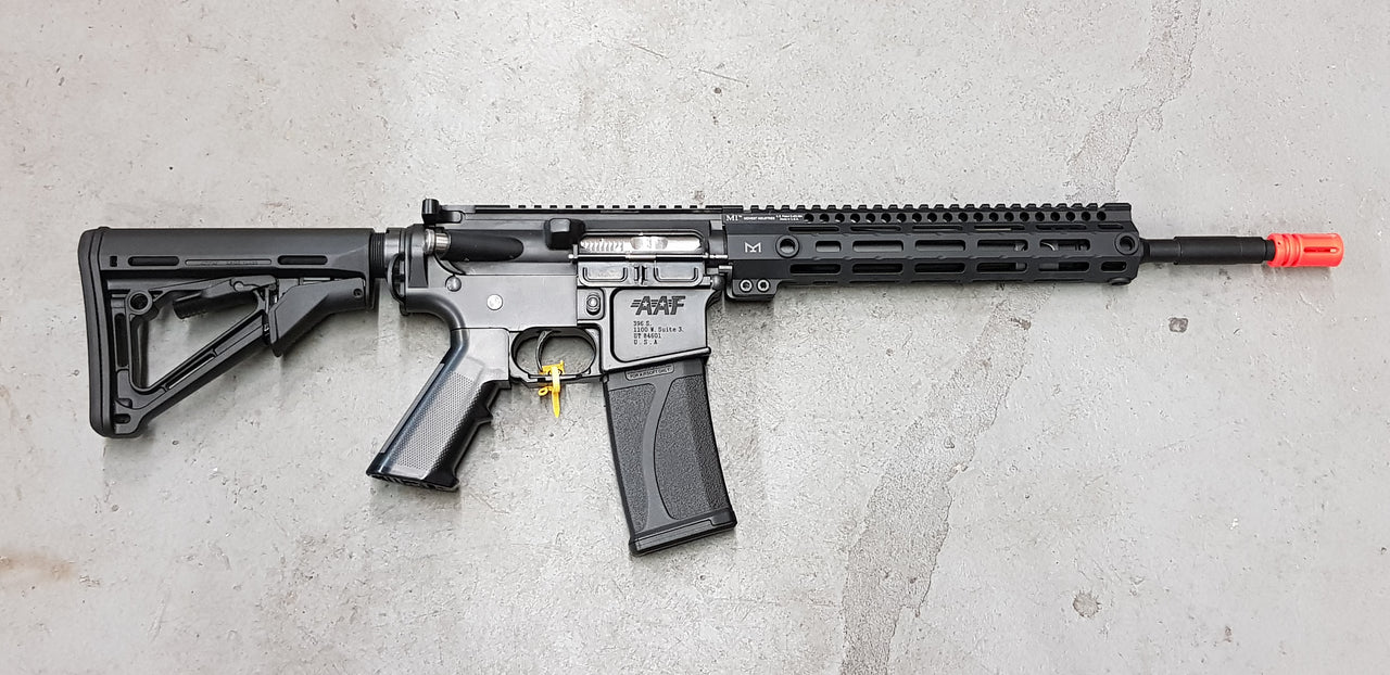 "BLACK 14"" M-Lok Combat pack (Midwest Industry Free Float Handguard)"