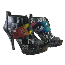 Hand painted high heels 7.5