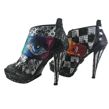 Hand painted high heels / 7.5 size