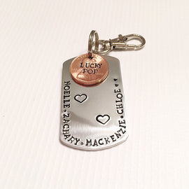 Gift for Dad - Hand stamped keychain - Lucky dad -