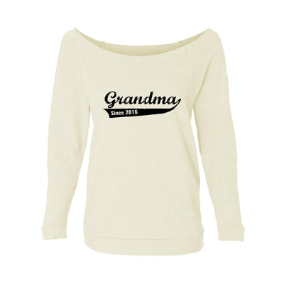 Grandma Since 2016 Womens Raw-Edge Scoop Neck Sweater