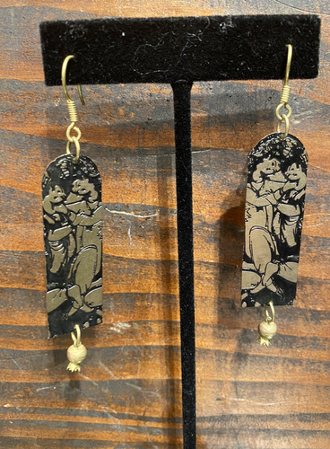 Etched Emotions Earrings