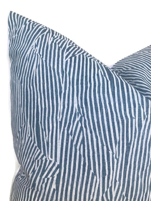 Kelly Wearstler Avant Pillow Cover in Blue