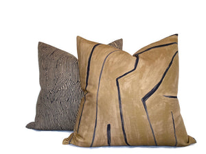 Kelly Wearstler Avant Pillow Cover in Linen Black