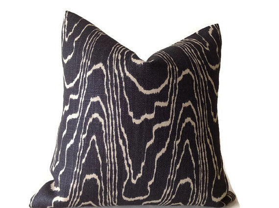 Kelly Wearstler for Lee Jofa Groundworks Agate Pillow Cover in Ebony Beige