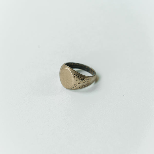 a7e7a7f851afe Vintage Signet Ring | Common Culture