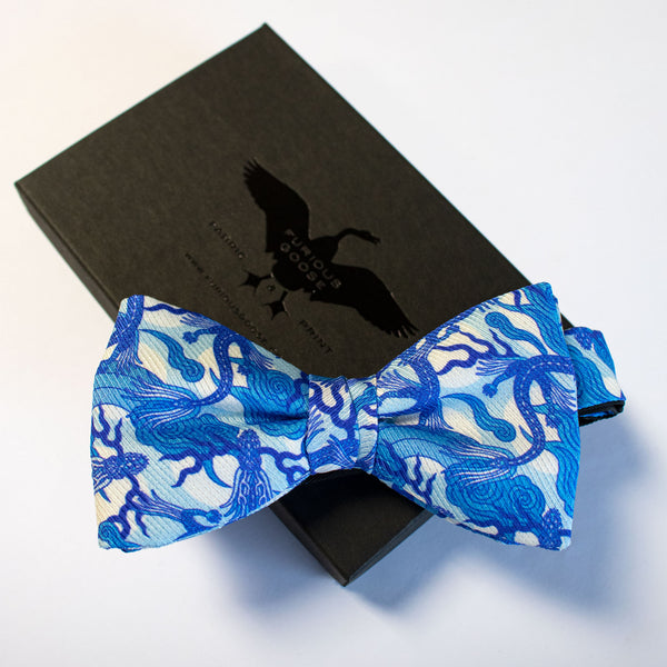 Bow Tie, Silk Bow, Bow Ties, Luxury Accessory, Bold Accessories, UK, London, Dragon, Chinoiserie
