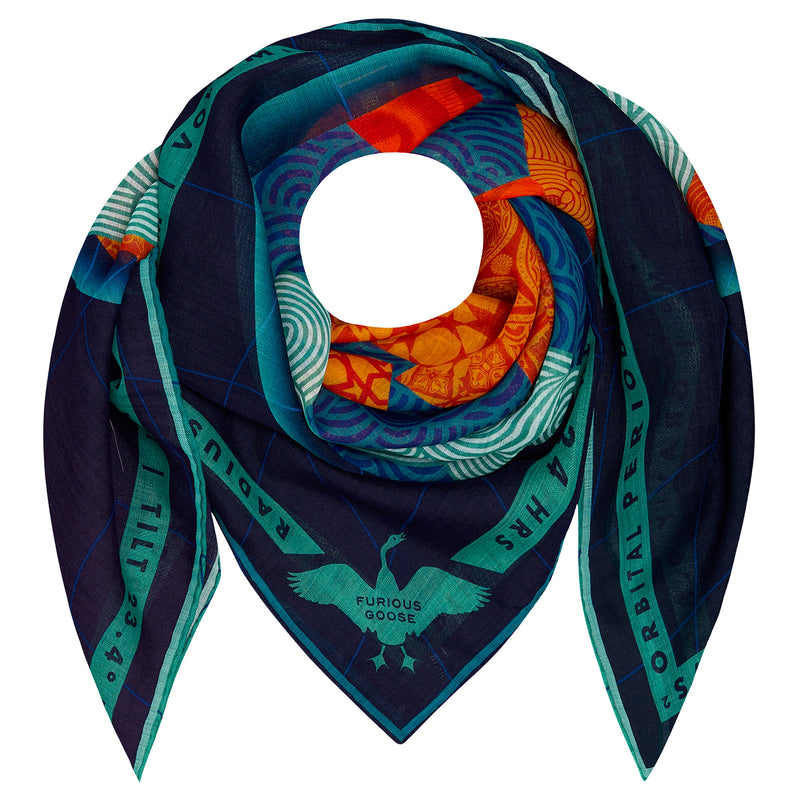 Earth, Scarf