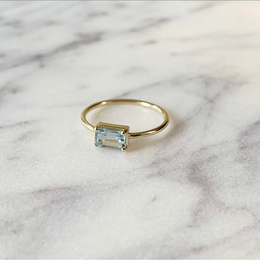 Naz Ring | 14k Gold and Sky Blue Topaz