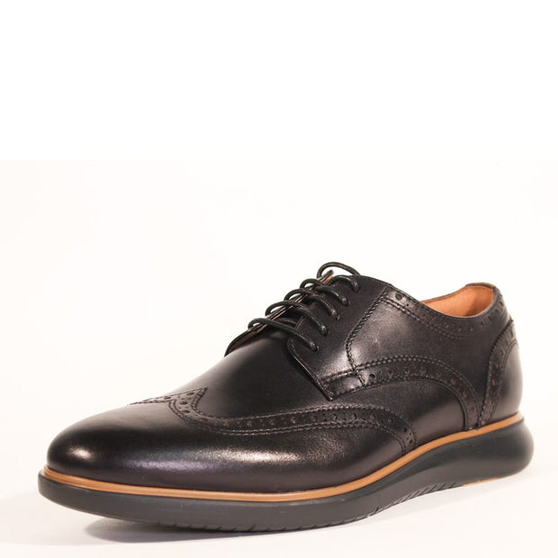 Florsheim Fuel Wingtip Oxford