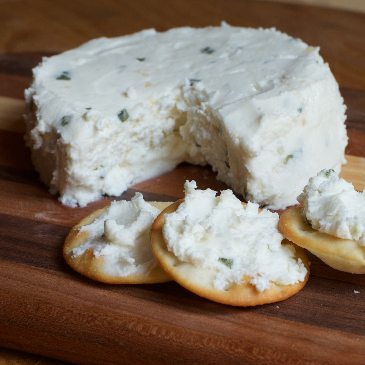 Cheese Goatees Fresh Garlic Chive Chèvre | Revittle