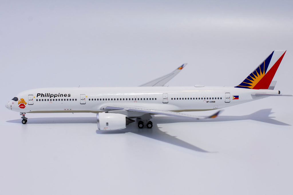 Philippine Airlines Airbus A350-900 RP-C3508 The Love Bus NG Model 39010 Scale 1:400