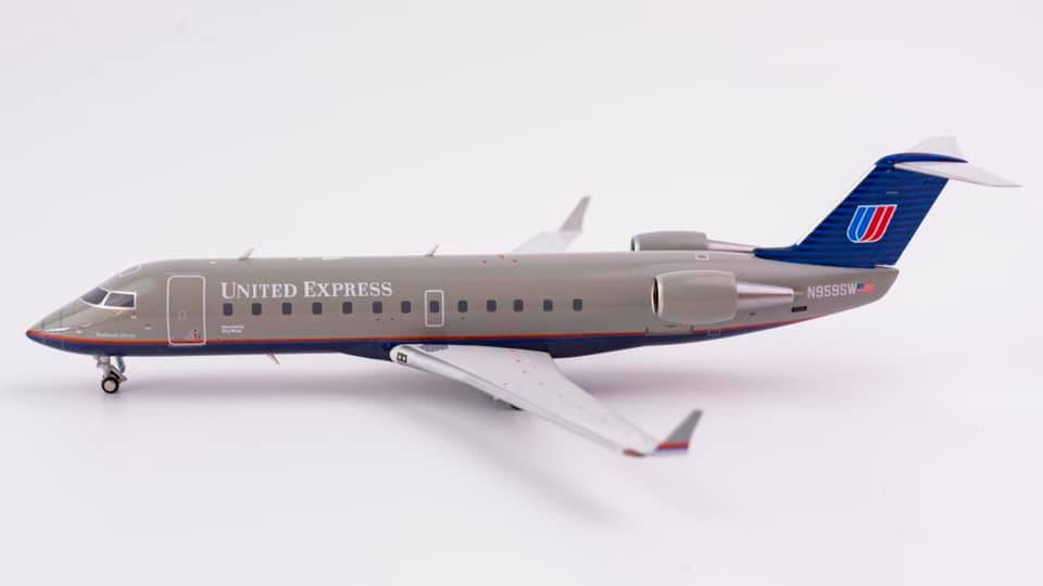 United Express Bombardier CRJ200LR N959SW NG Model 52023 Scale 1:200