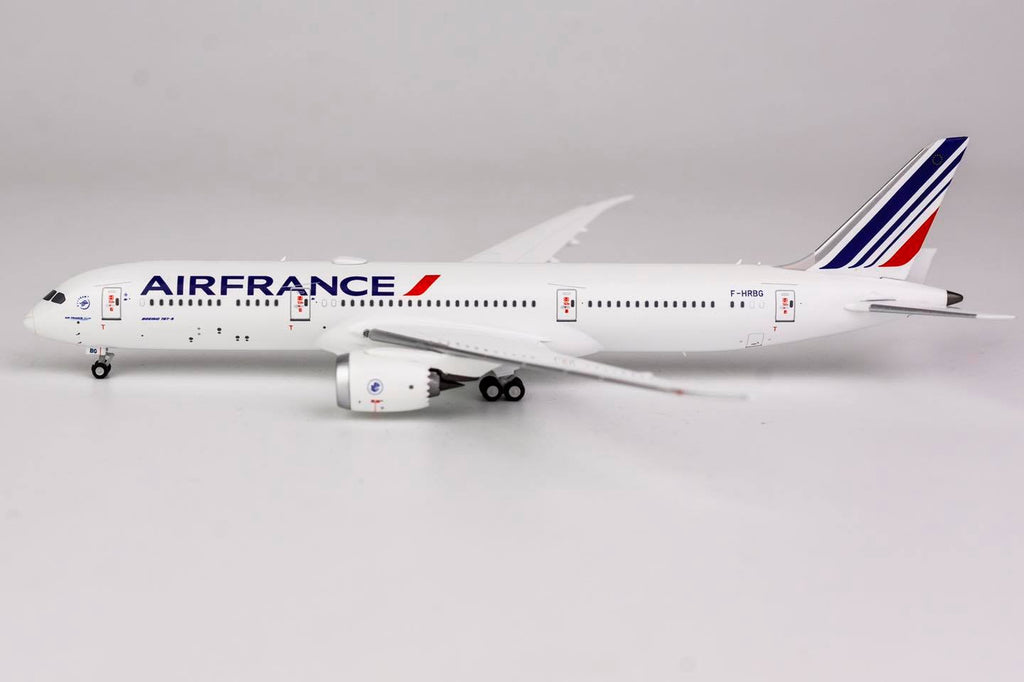 Air France Boeing 787-9 F-HRBG NG Model 55051 Scale 1:400