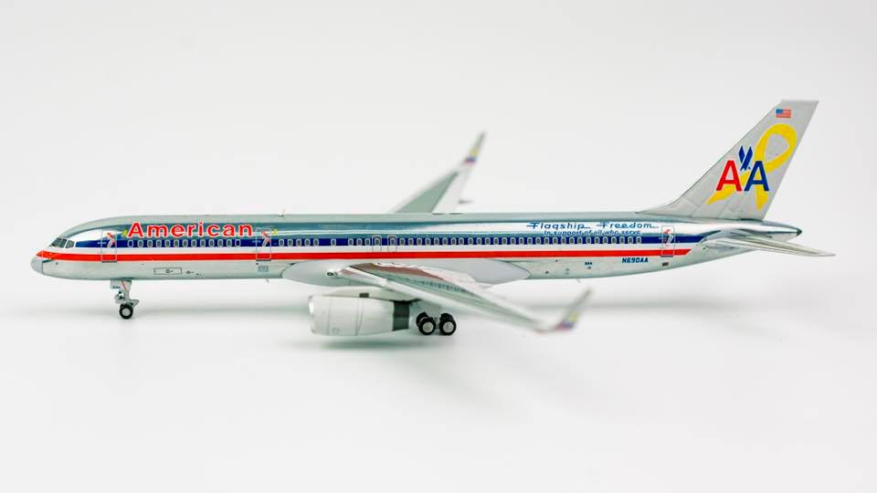 American Airlines Boeing 757-200 N690AA Flagship Freedom NG Model 53102 Scale 1:400