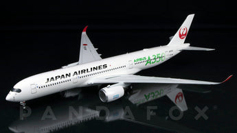 Japan Airlines Airbus A350-900 JA03XJ Green Titles JC Wings EW2359003 Scale 1:200