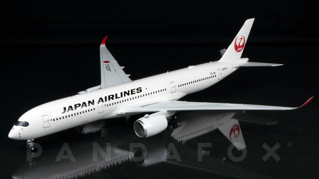 Japan Airlines Airbus A350-900 JA04XJ JC Wings EW2359004 Scale 1:200