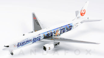 Japan Airlines Boeing 777-200 JA8979 Samurai Blue JC Wings EW4772004 Scale 1:400