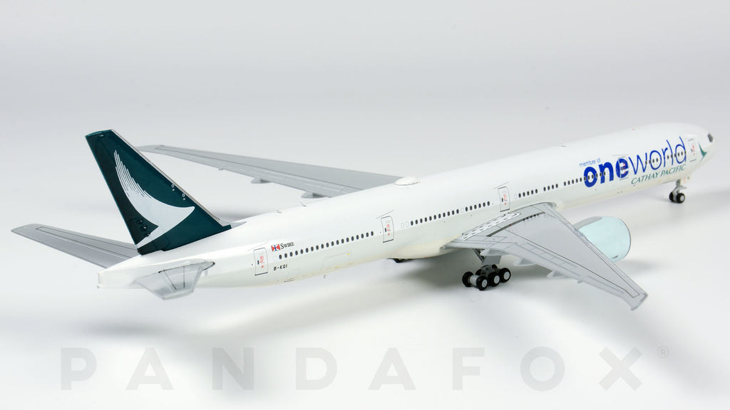 JC Wings 1:200 EW277W001A Cathay Pacific Airlines OneWorld Plane Boeing 777-300ER Diecast Aircraft Jet Model Reg#B-KQI Flaps Down